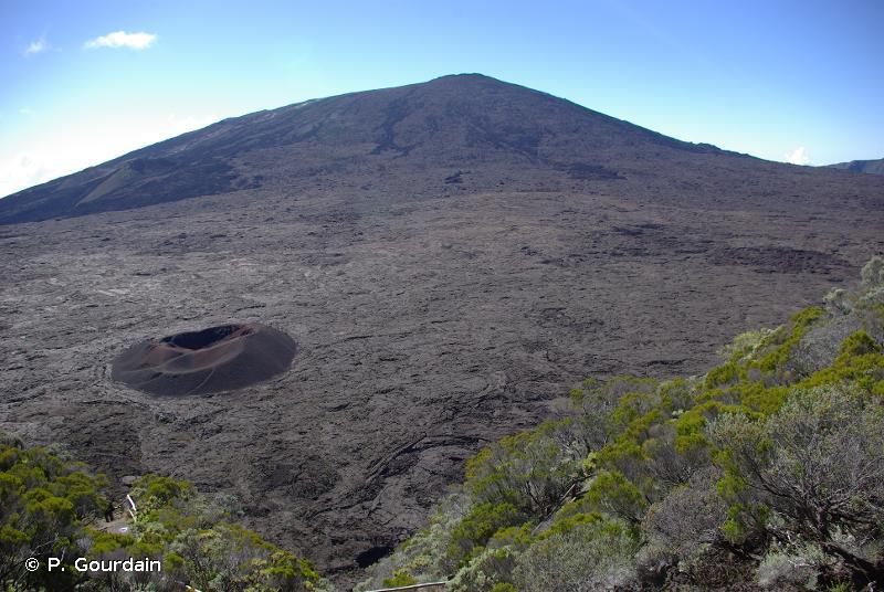 R66.91 - Sites volcaniques (Réunion) - Habitats CORINE biotopes de La Réunion (2000, rév. 2010)