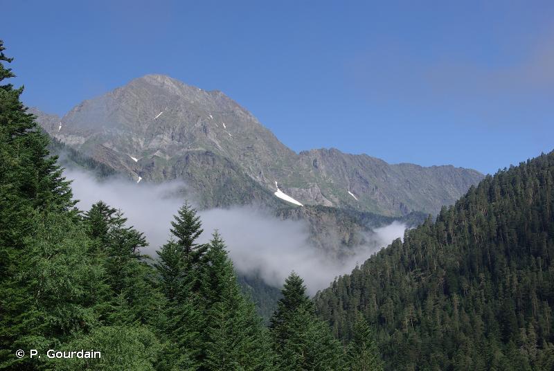 Haute vallée d´Aure en rive droite, de Barroude au Col d´Azet