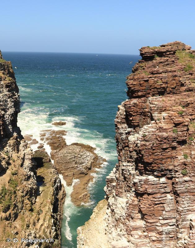 B3 - Falaises, corniches et rivages rocheux, incluant le supralittoral - EUNIS