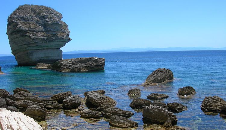 Site Natura 2000 Iles Lavezzi, Bouches de Bonifacio © P. Gourdain